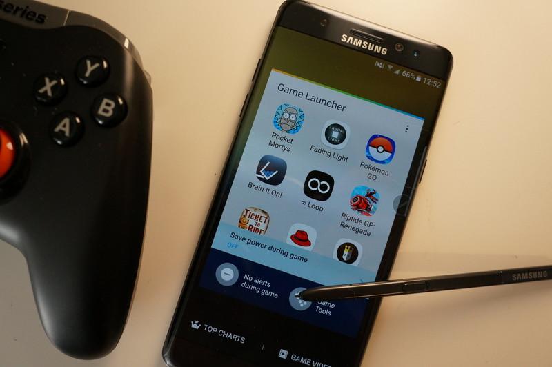 best-phones-gamers-hero.jpg?itok=NIQNLIk