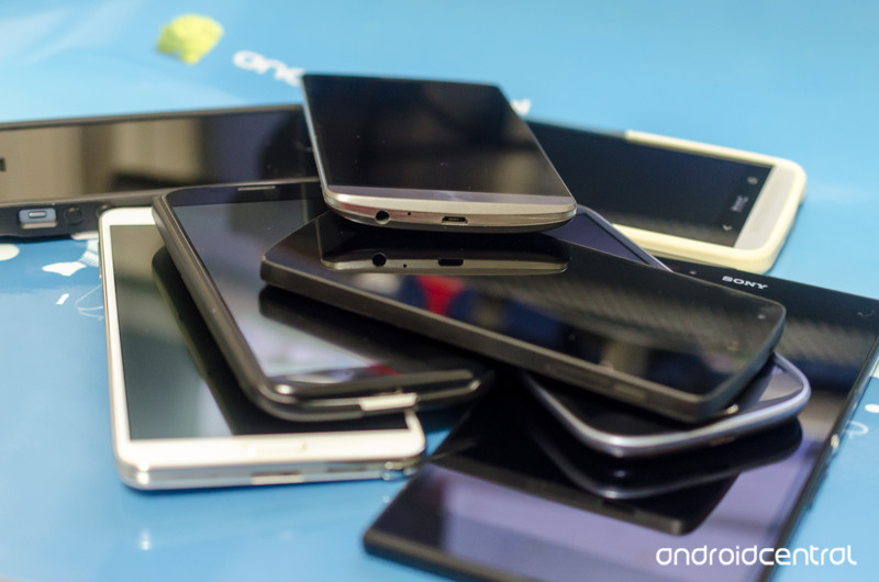 pile-of-phones.jpg?itok=dY4CSEIs