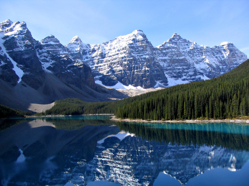 moraine-lake-wallpaper.jpg?itok=CNl0EOyb