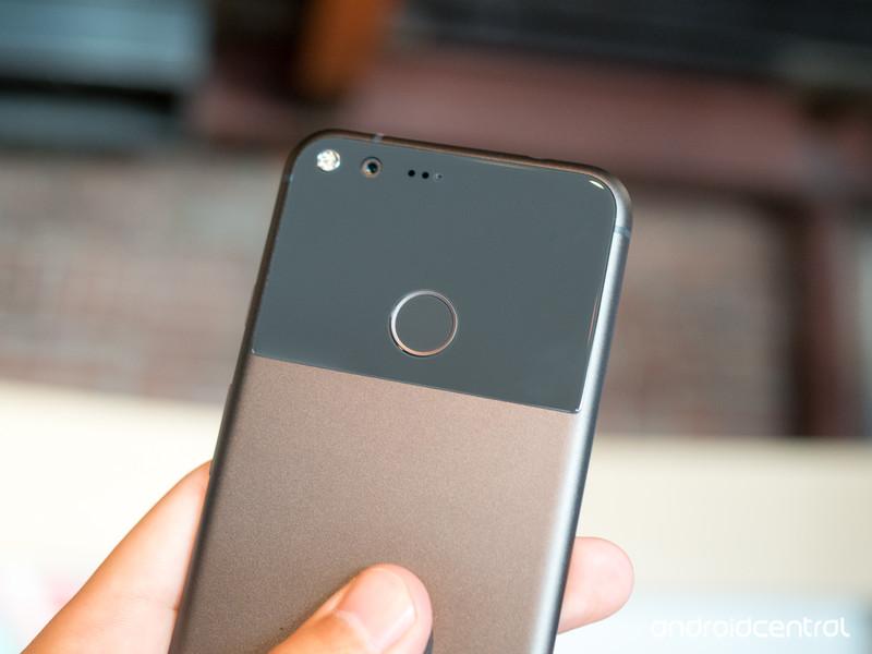 google-pixel-hardware-05.jpg?itok=VnW3BR