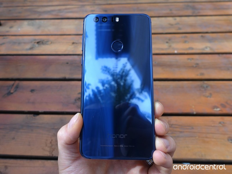 honor-8-hands-on-12.jpg?itok=Y5r_QdVv