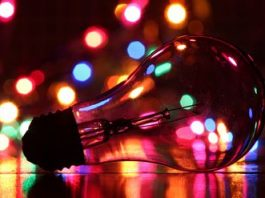 Easy alternatives to hanging Christmas lights     - CNET