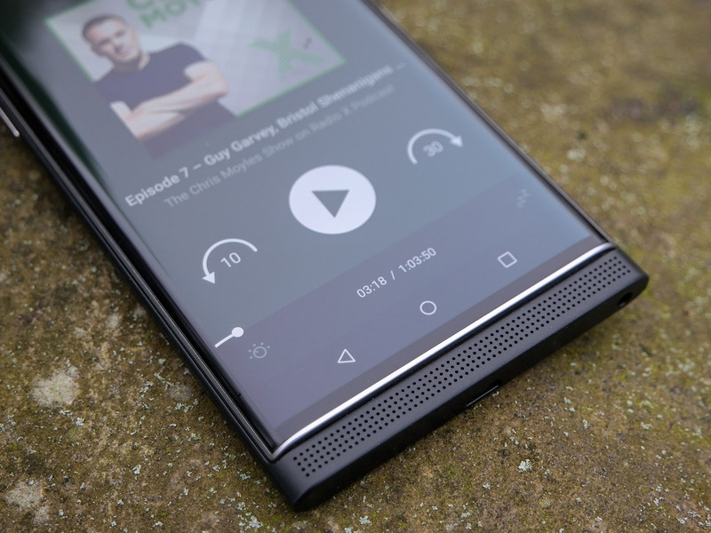 blackberry-priv-pocketcasts.jpg?itok=VxR