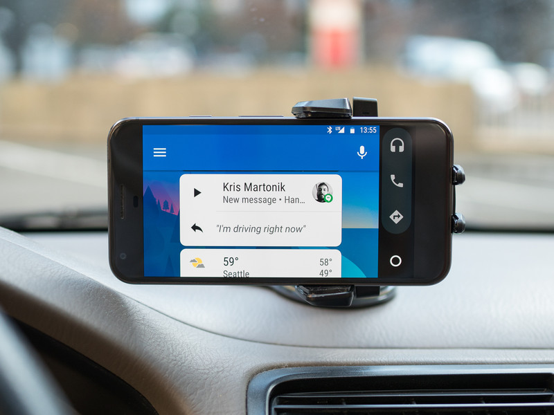 android-auto-phone-car-mount-01.jpg?itok