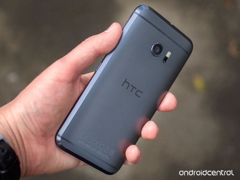 htc-10-review-13.jpg?itok=Bx2SNH09