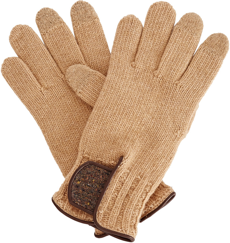 gizelle-renee-theodore-touchscreen-glove