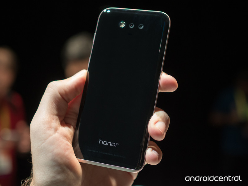 honor-magic-hands-on-4.jpg?itok=FqveIbcC
