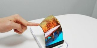 Samsung and LG may launch foldable phones this year