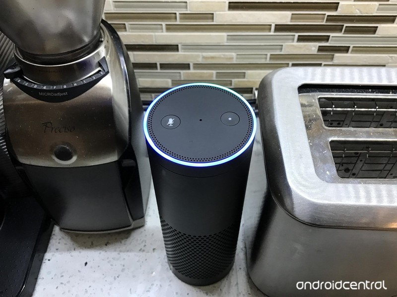 amazon-echo-kitchen-1.jpg?itok=1tJ-vMNV