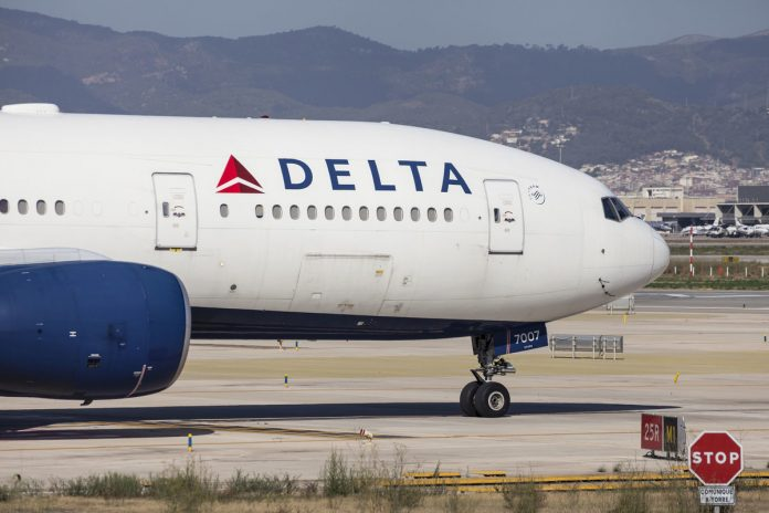 Delta experiencing computer issues, flights canceled and delayed Sunday night