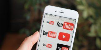 YouTube for iOS gets Chromecast lock screen controls