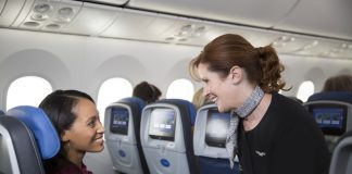 United partners with Apple, IBM to offer a mobile solution to your flying woes