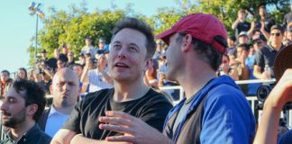 Pod racers: SpaceX's Hyperloop competition pits concepts head-to-head