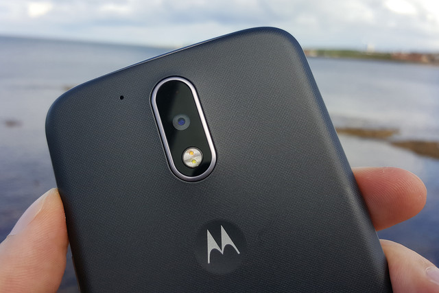 Motorola highlights Moto Mods as part of a crowdsourced competition