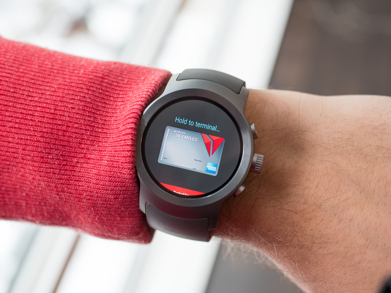 android-pay-lg-watch-sport.jpg?itok=PxAW