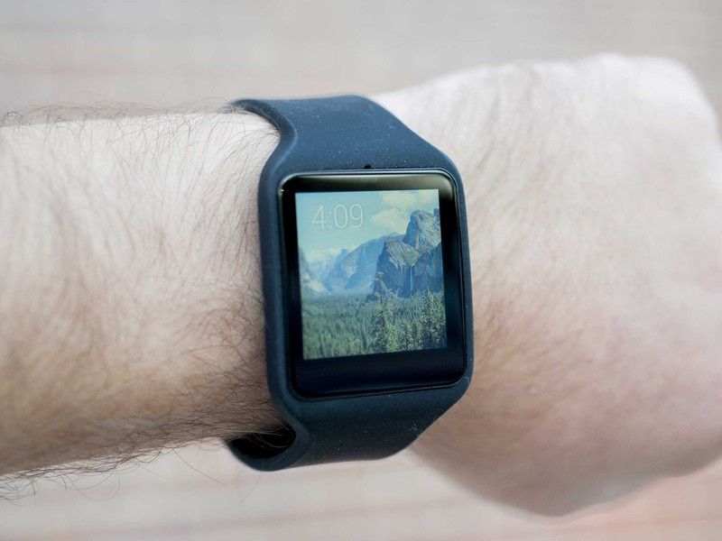 sony-smartwatch-3-wrist-time-photo-hero.
