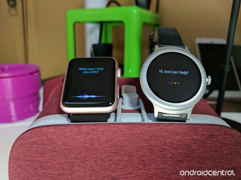 lg-vs-apple-watch.jpg?itok=cRFbXdg7