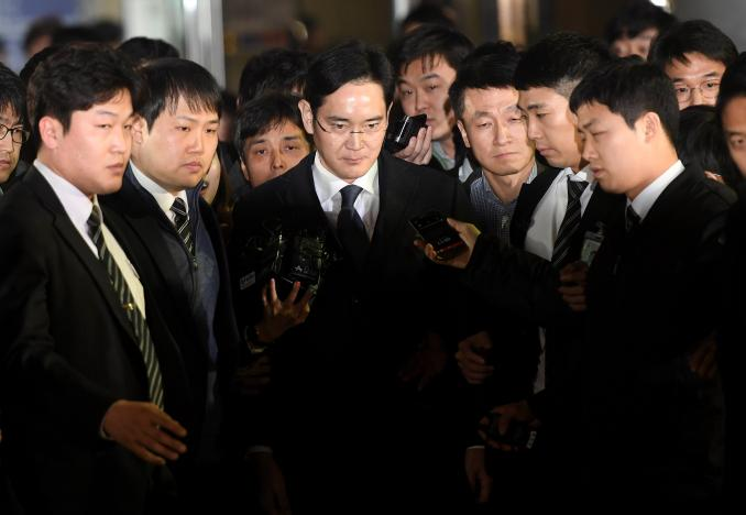 Samsung Chief Arrested on Bribery Charges in Corruption Scandal