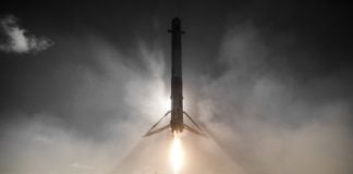 SpaceX successfully lands Falcon 9 rocket at Kennedy Space Center
