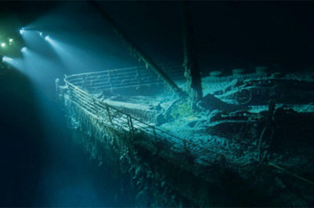 New VR game lets you experience the sinking of the Titanic, and explore the wreckage too