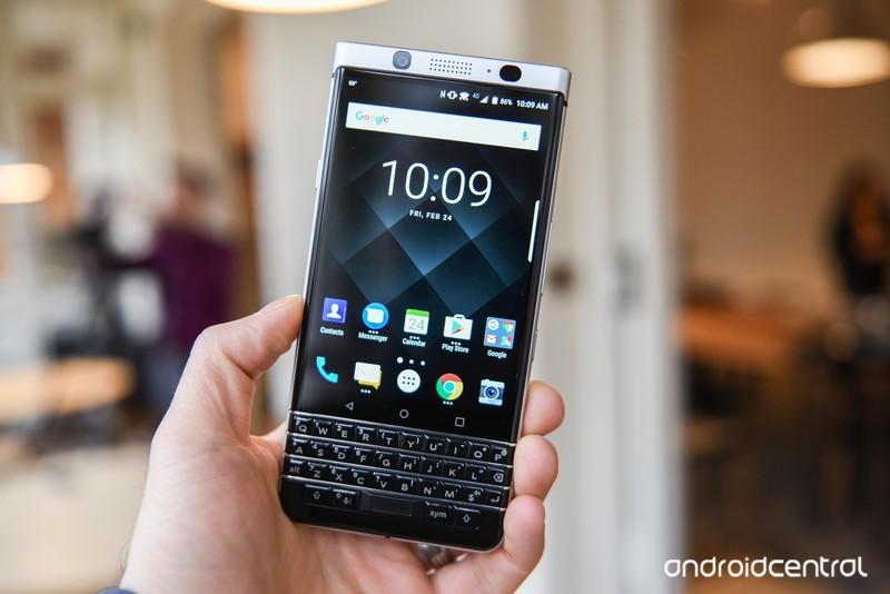 blackberry-key-one-4.jpg?itok=wux2rLH9