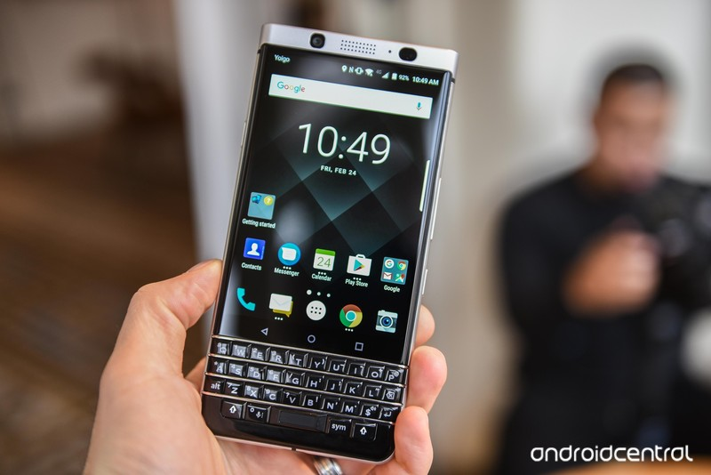 blackberry-key-one-9.jpg?itok=v_Tsj6TF