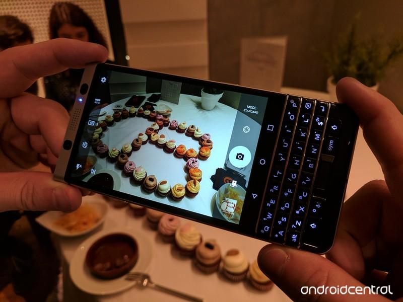 blackberry-keyone-taken-pixel10.jpg?itok