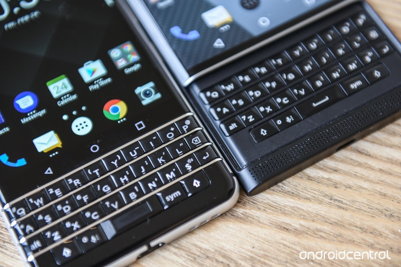 blackberry-key-one-20.jpg?itok=m0cfSAjl