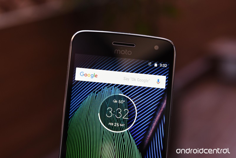 moto-g5-hands-on-10.jpg?itok=uHR_uw8c