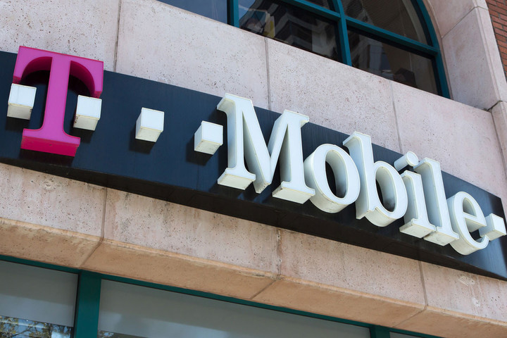 t-mobile-hq-sign_feat-2x3