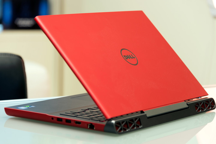 dell inspiron  review