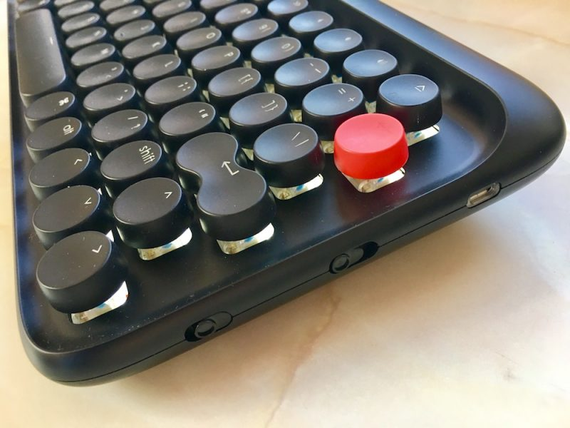 Review: Lofree's Mechanical Bluetooth Keyboard Is a