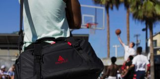 Goodbye odors! This smart gym bag freshens its contents for you