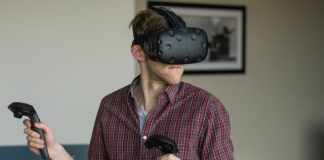 HTC celebrates Vive's one-year anniversary, offers one-day $100 discount