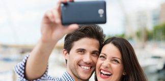How to strike a pose (and light the scene) for taking a proper selfie
