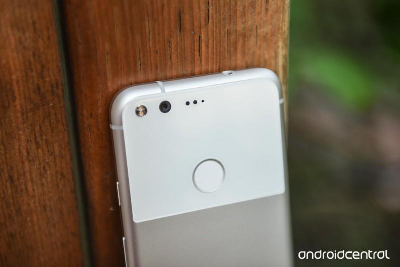 google-pixel-review-8.jpg?itok=8wKc0xqK