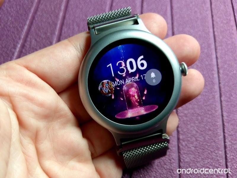 watchmaker-face-rose-palm-1.jpg?itok=ukl