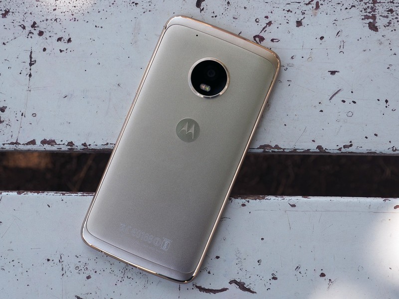 moto-g5-plus-hero.jpg?itok=7mc10y9w