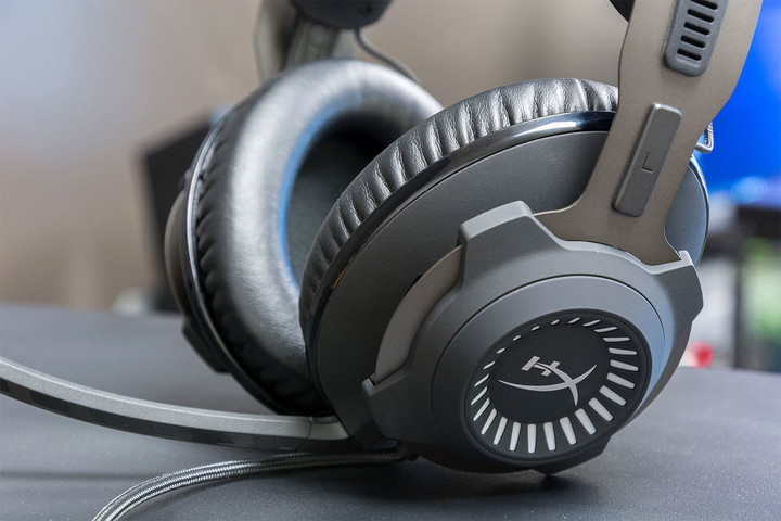 kingston hyperx cloud revolver s review