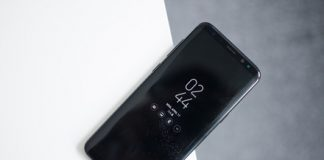 We crack open the Samsung Galaxy S8 with the help of iCracked CEO A.J. Forsythe