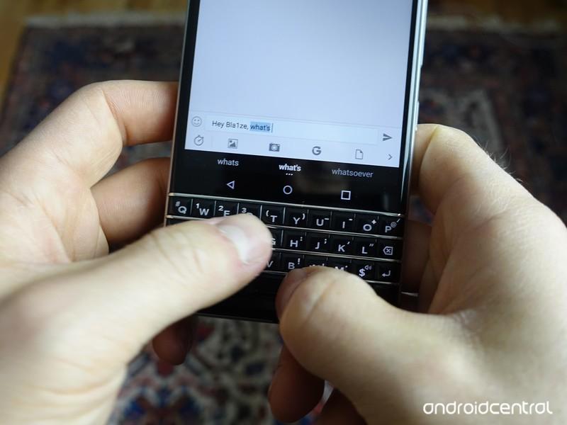 blackberry-keyone-review-7.jpg?itok=rRUi
