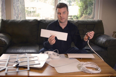 How to pick and place an HD antenna for free HDTV