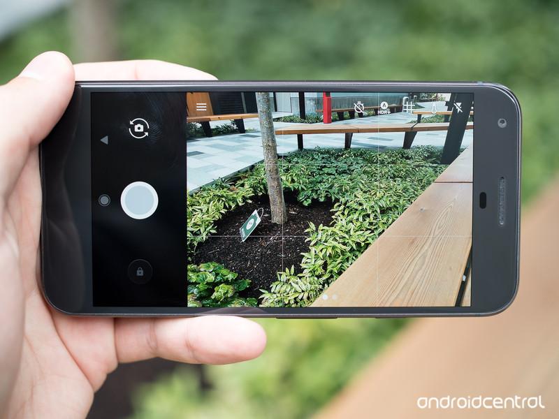 pixel-xl-camera-ui.jpg?itok=1kOzXA-Y