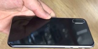 Dummy iPhone 8 hands-on video once again shows vertical camera