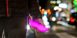 Lyft's new 'Lux' service features high-end cars to challenge Uber Black
