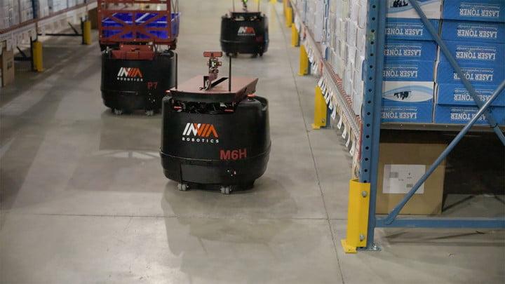 warehouse robots invia robotics feat