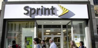 Sprint wants you to ditch your carrier, offers free year of unlimited data