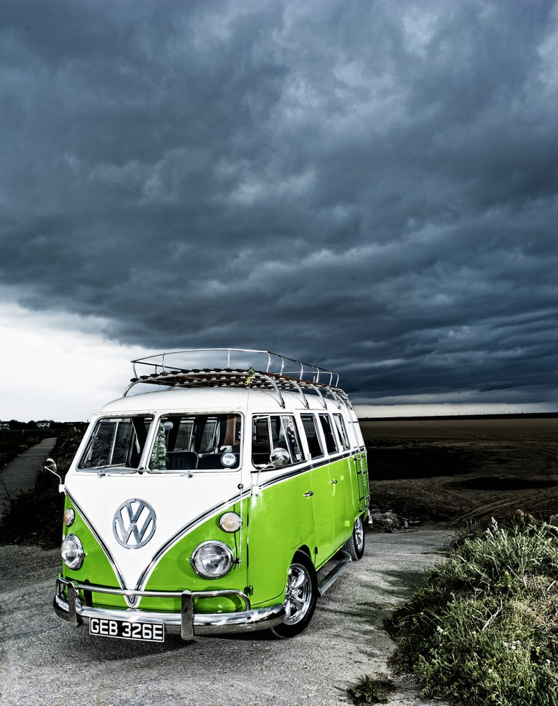 vw_camper_van_by_adamduckworth.jpg?itok=