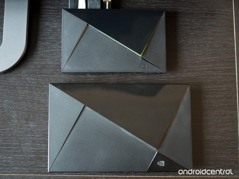 shield-android-tv-vs-pro-size-compare.jp