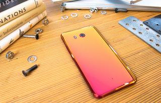 HTC U11 looks stunning in solar red, pre-orders open now